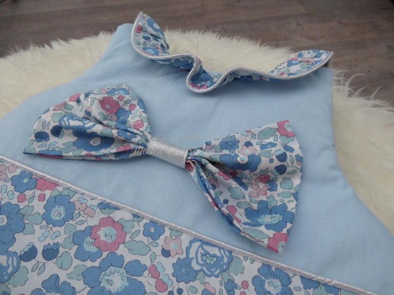 Gigoteuse (turbulette) bébé personnalisée en véritable tissu Liberty avec nœud et col Claudine ou volant