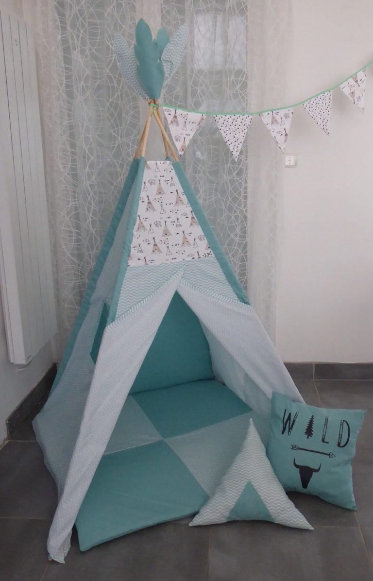 Ensemble tipi avec structure bois+ tapis de jeu+ coussins assortis-Tissus de votre choix